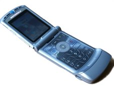 Photo: Motorola RAZR v3
